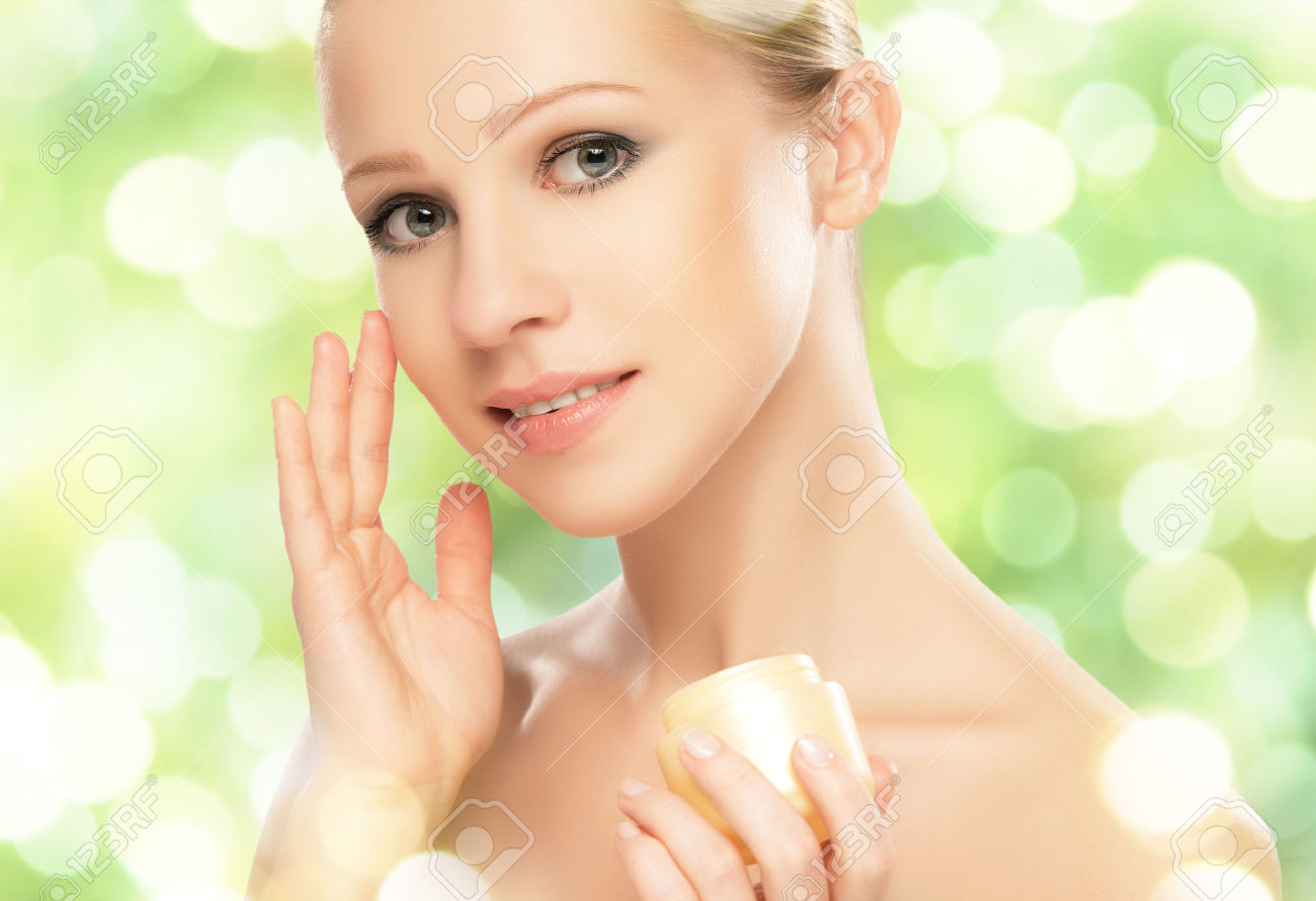 Beauty Care / Home Remedies for Removing Acne Scars and Marks